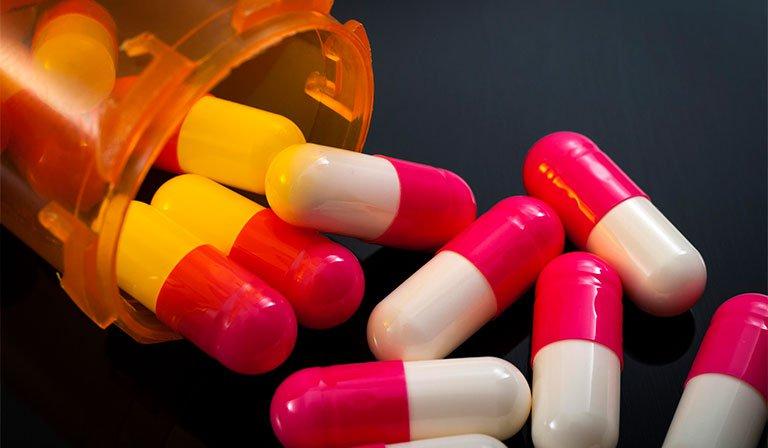Chân tay miệng được điều trị bằng kháng sinh