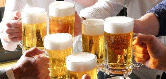Uống rượu bia nhiều làm gia tăng nguy cơ nhồi máu cơ tim