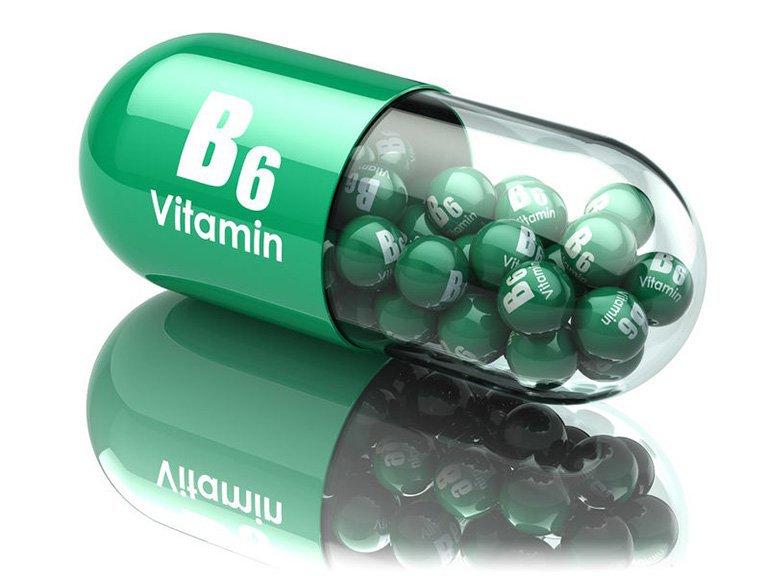 Uống vitamin B6 cũng khiến nước tiểu có mùi hôi