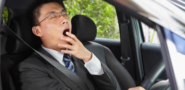 ngủ gật khi lái xe