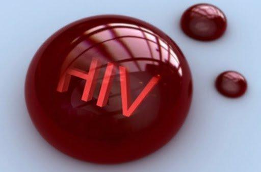 HIV lây truyền qua đường máu