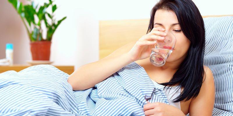 Uống nhiều nước giúp cơ thể tỉnh táo, khỏe khoắn