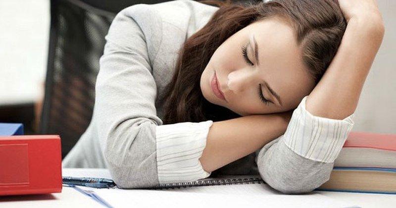 Buồn ngủ, ngủ ngày, ngáp ngủ, mệt mỏi