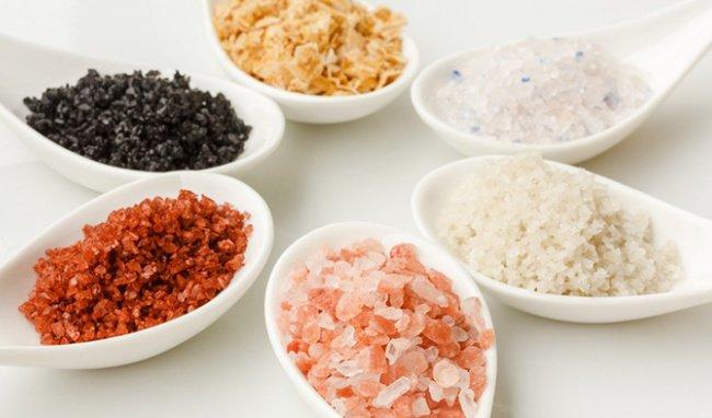 Các loại muối: Himalaya, Kosher, muối thường và muối biển