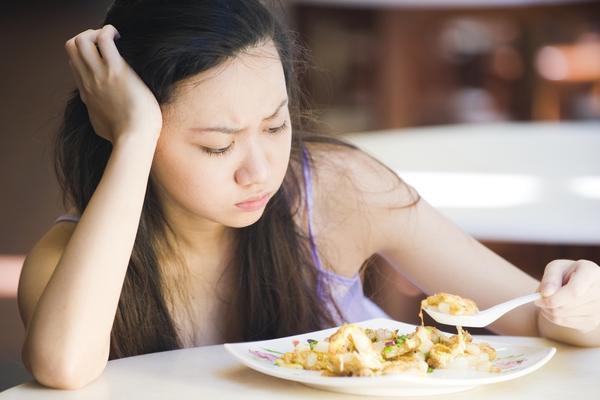 Gan nhiễm mỡ cấp độ 2 gây cảm giác chán ăn