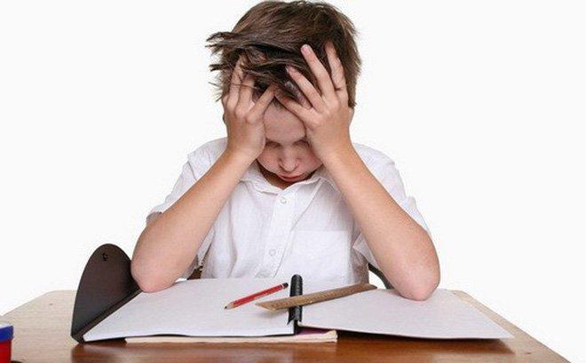 Trầm cảm tuổi học đường có phải do học căng thẳng?