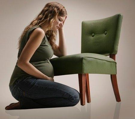 Phụ nữ mang thai bị động kinh