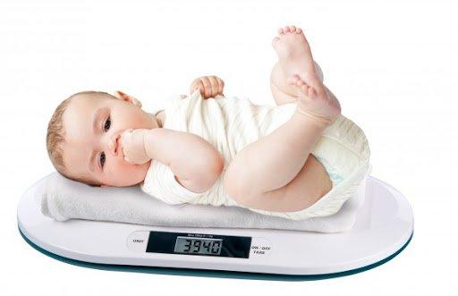 Trẻ sơ sinh tăng cân