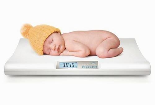 Ở tuần tuổi thứ 2 bé đã trở lại cân nặng sau khi sinh