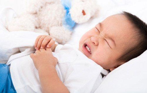 Trẻ đau bụng, tiêu chảy là dấu hiệu của dị ứng thực phẩm