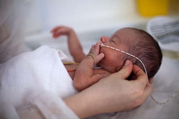 Vấn đề tiêm chủng cho trẻ sinh non (Phần 1)