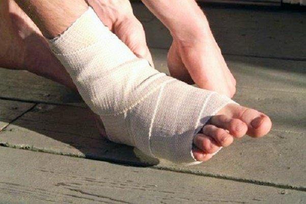 Đứt dây chằng khớp cổ chân