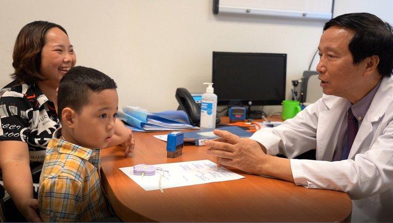 Thêm  một  nghiên cứu ghép tế bào gốc kết hợp can thiệp giáo dục hiệu quả điều trị tự kỷ ở trẻ em