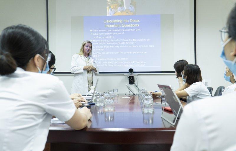 Vinmec hợp tác xây dựng trung tâm ung bướu xuất sắc tại Việt Nam