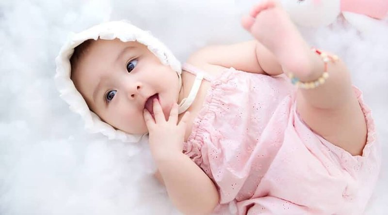 trẻ 21 tuần tuổi sau sinh