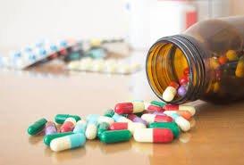 Thuốc kháng sinh cần có sự chỉ định của bác sĩ trước khi sử dụng