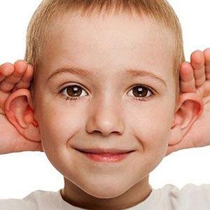 khả năng lắng nghe của trẻ