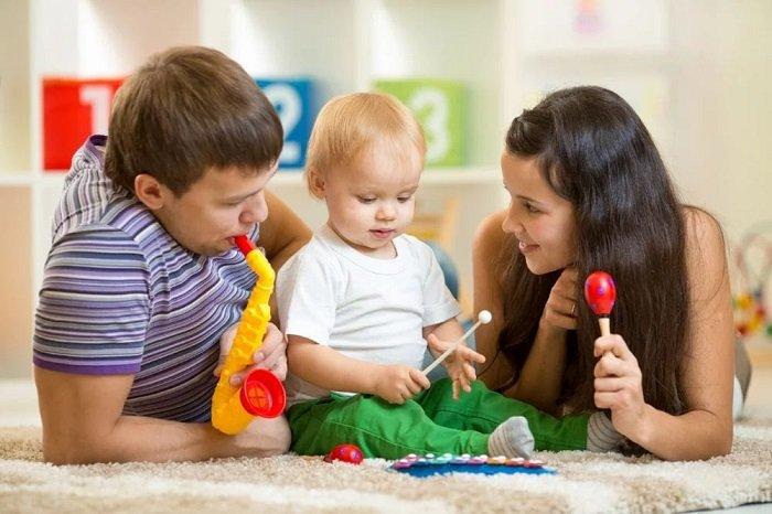 Khi nói chuyện cần cho trẻ 5-7 giây để suy nghĩ