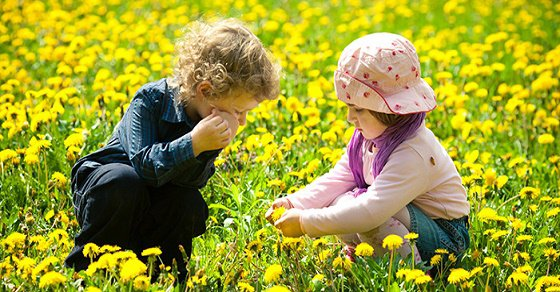 Để trẻ khám phá thế giới
