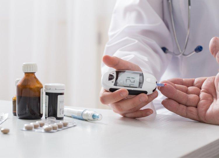 Bị tiền tiểu đường có cần uống thuốc không?