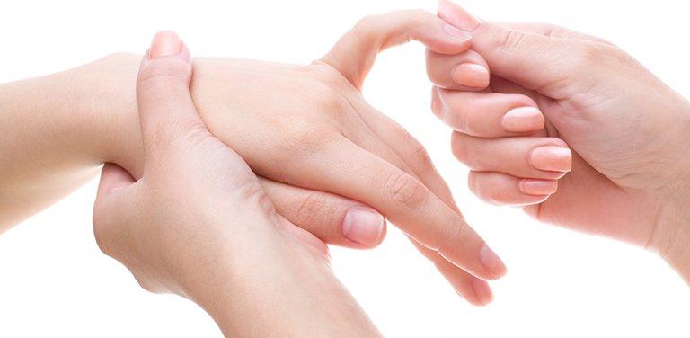 Trật khớp ngón tay