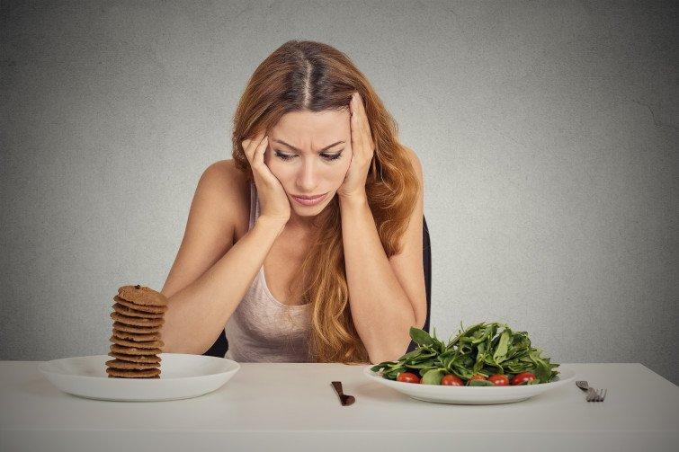Người bệnh có thể gặp phải tình trạng chán ăn do thay đổi khứu giác và vị giác