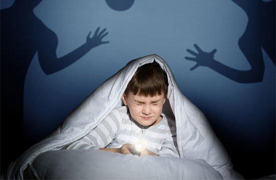 Trẻ mơ ác mộng