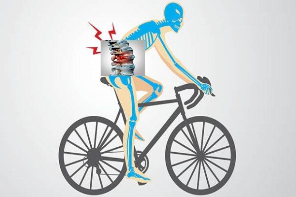 Đau thắt lưng có nên đi xe đạp