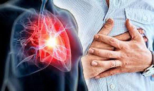 Thỉnh thoảng đau nhói và khó thở ở ngực trái có phải bệnh tim mạch không?