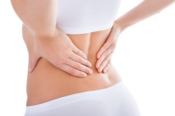 28 tuổi bị đau lưng sau sinh phải điều trị như thế nào?