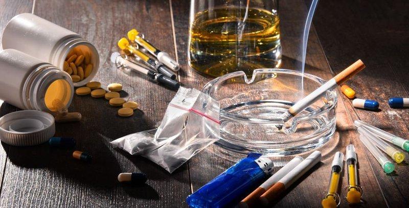 Vấn đề lạm dụng các chất gây nghiện ngoài heroin