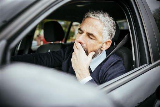 Dùng thuốc khi lái xe