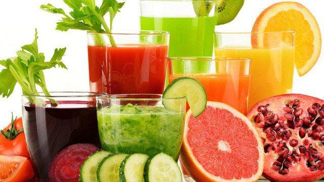 Hãy ăn trái cây thay vì uống nước ép