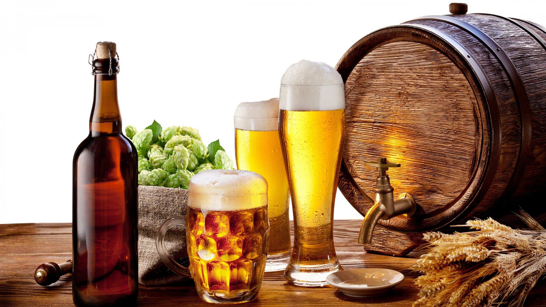 Muốn giảm cân nên hạn chế bia rượu