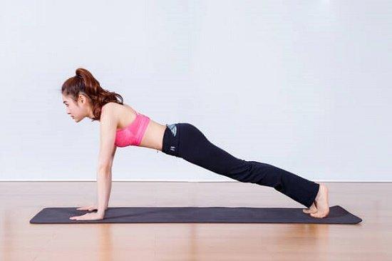 Chống đẩy giảm mỡ bụng