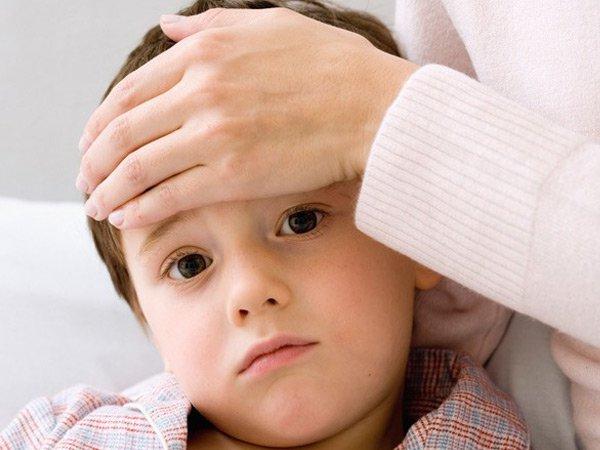 Dấu hiệu và điều trị hạ đường huyết ở trẻ em