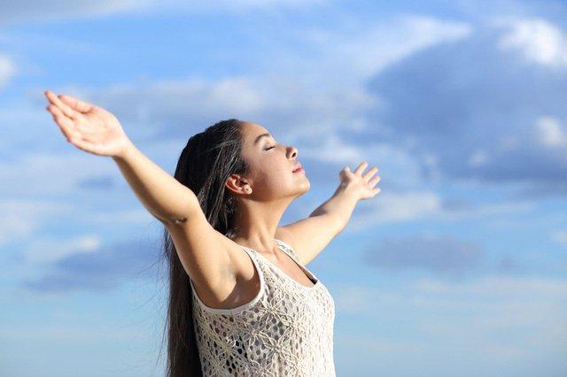 Làm thế nào để hít thở sâu?