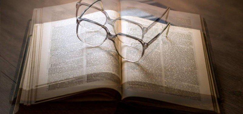 Cách điều trị tật song thị?