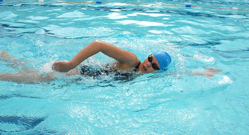Bơi lội có tăng chiều cao không?