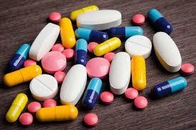 Dùng chung B1 với thuốc giáp, dạ dày, mỡ máu và vitamin B12 được không?