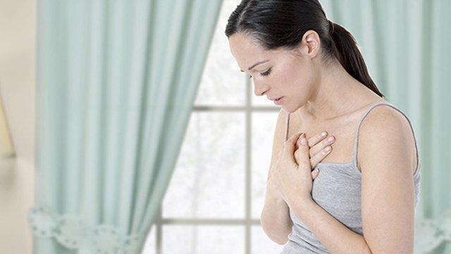 Tập hít thở với người bệnh hen suyễn