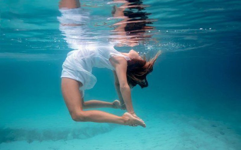 tập thể dục dưới nước