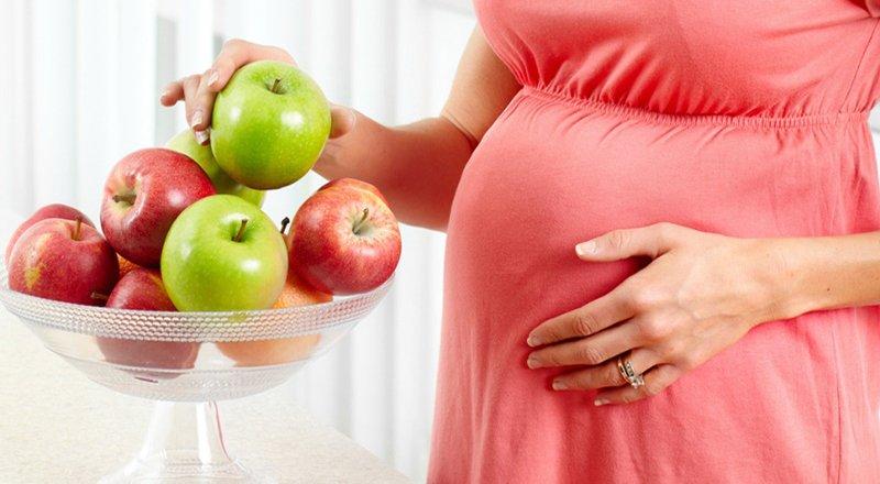 ăn táo khi mang thai