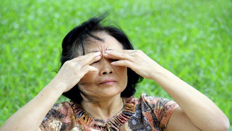bệnh mắt do tiểu đường
