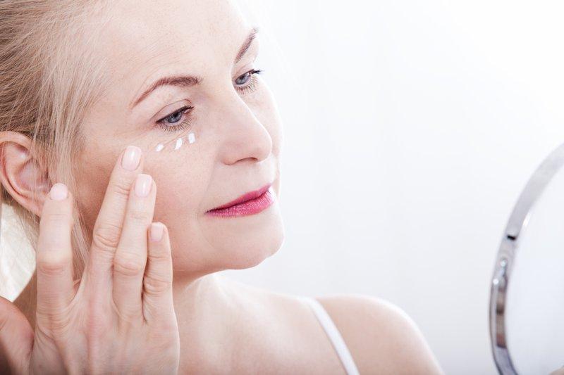 chăm sóc da cho người cao tuổi