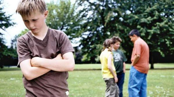 Sợ mọi người có thể là dấu hiệu của chứng rối loạn lo âu xã hội