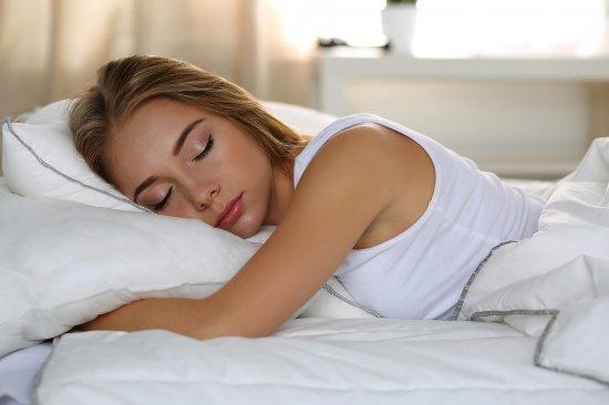 10 mẹo giúp bạn ngủ lại sau khi thức giấc