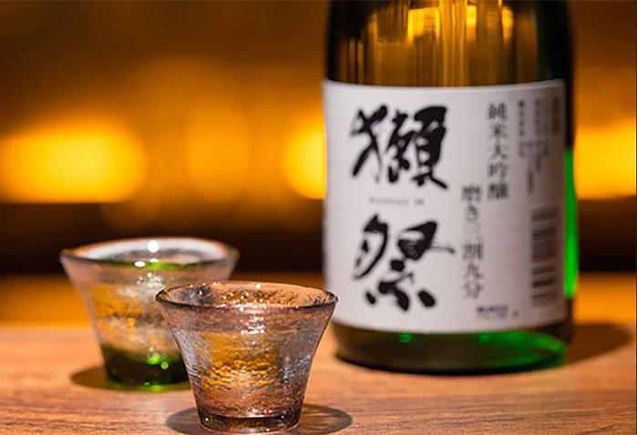 rượu sake làm bằng gì