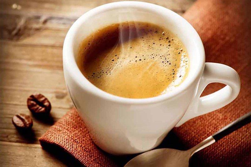 Uống cafe đẹp da
