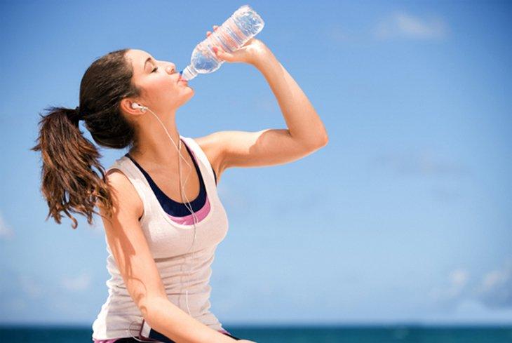 Uống nước: Bao nhiêu là đủ?